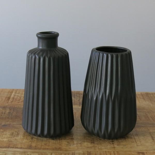 2 x Vase schwarz 17 und 14,5 cm Keramik