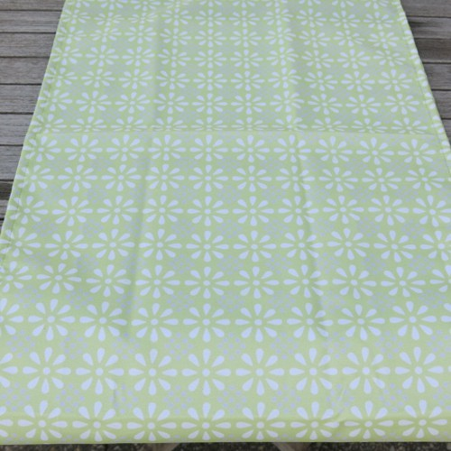 Outdoor Tischläufer grün Daisy Flower 40 x 142 cm